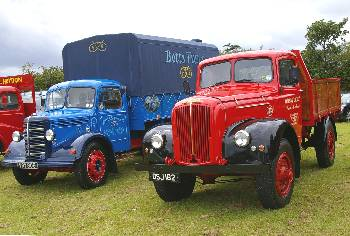 1952 Bedford and 1953 Morris